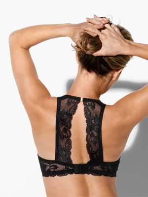 push-up-bh-racerback-besired-zwart Christine Le Duc