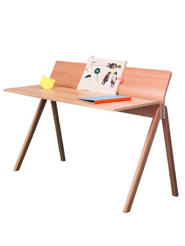 Copenhague-desk-backscreen-Hay-CPH190