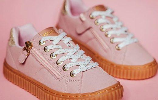roze meisjes sneakers